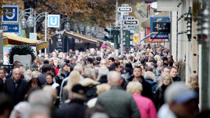 Zahlreiche Innenstädte locken zum verkaufsoffenen Sonntag.