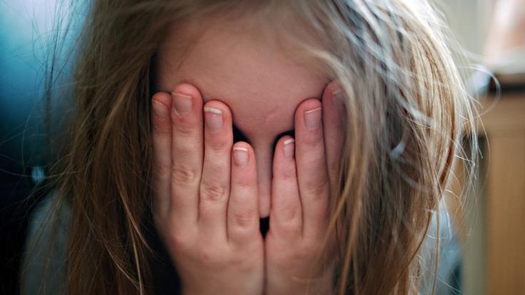 Das Bundesverfassungsgericht prüft nun das Verbot von Kinderehen. (Foto)