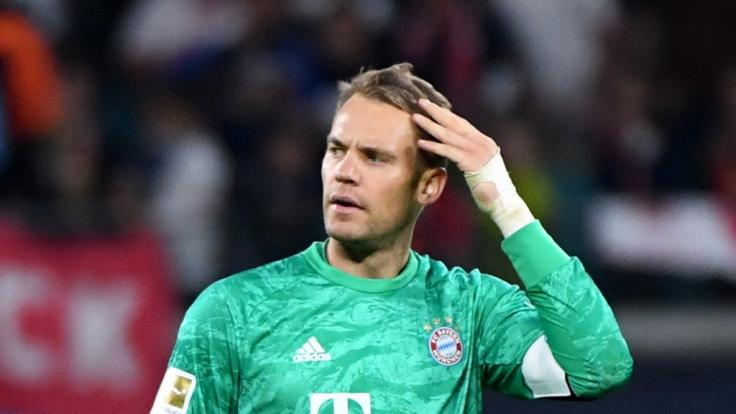 FC Bayern-Torwart Manuel Neuer denkt offenbar über einen Abschied aus der Nationalmannschaft nach.