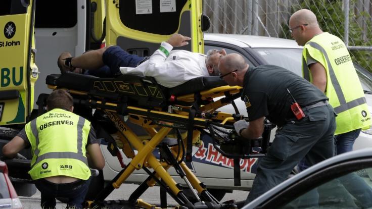 Bei Angriffen auf zwei Moscheen in Christchurch sind mehrere Menschen getötet worden.