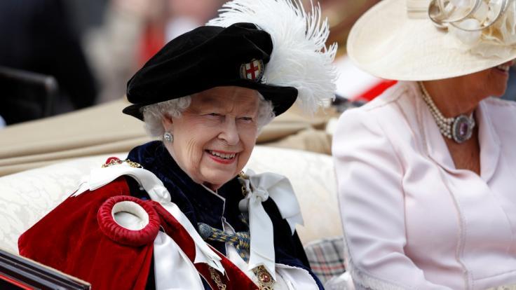 """Zum alljährlichen """"Garter Day"""" sind in Windsor alle Augen auf Queen Elizabeth II. gerichtet. (Foto)"""