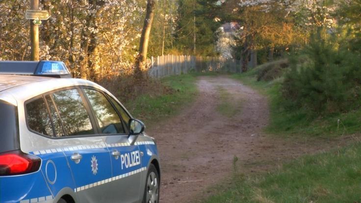 Im thüringischen Geschwenda wurde in der Nacht eine Babyleiche in einem Waldstück gefunden.