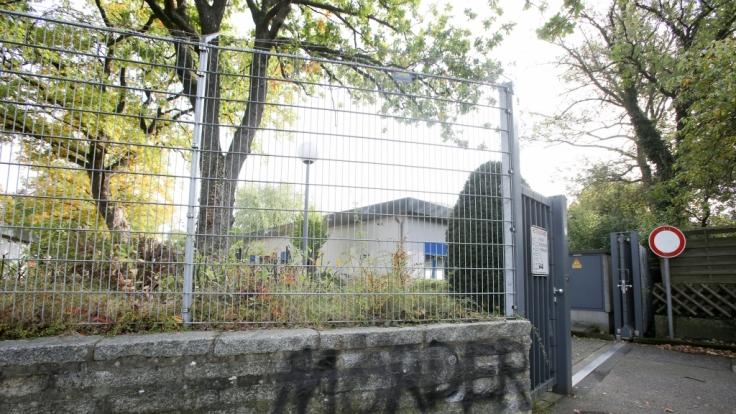 Nach Hinweisen auf schwere Tierschutzverstöße nehmen die niedersächsischen Behörden ein Tierversuchslabor in Mienenbüttel nahe Hamburg genau unter die Lupe. (Foto)