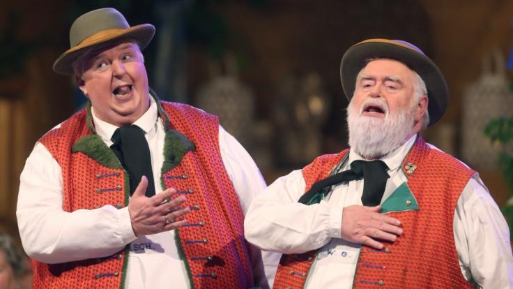 """Wolfgang Schwalm und Wilfried Gliem, besser bekannt als """"Wildecker Herzbuben"""", sind wahre Kultfiguren der Volksmusikwelt. (Foto)"""