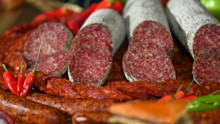 Bei Netto verkaufte Minisalamis sind mit Salmonellen belastet und werden zurückgerufen. (Symbolbild) (Foto)