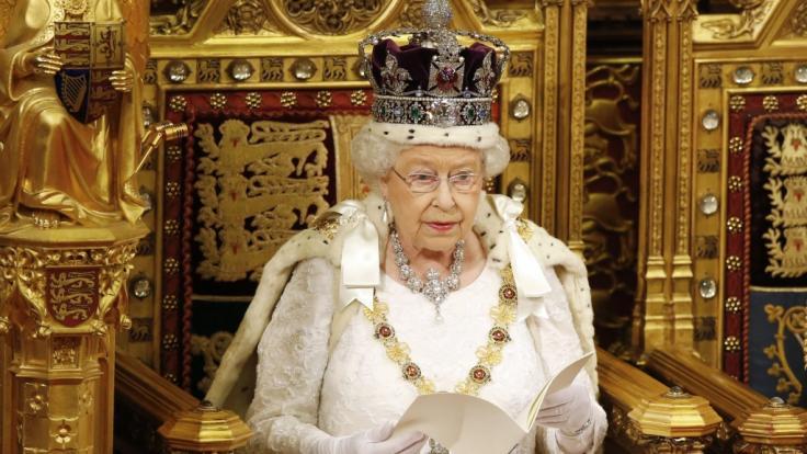 Queen Elizabeth II. hat Meghan Markle und Prinz Harry ihren Megxit-Segen gegeben.