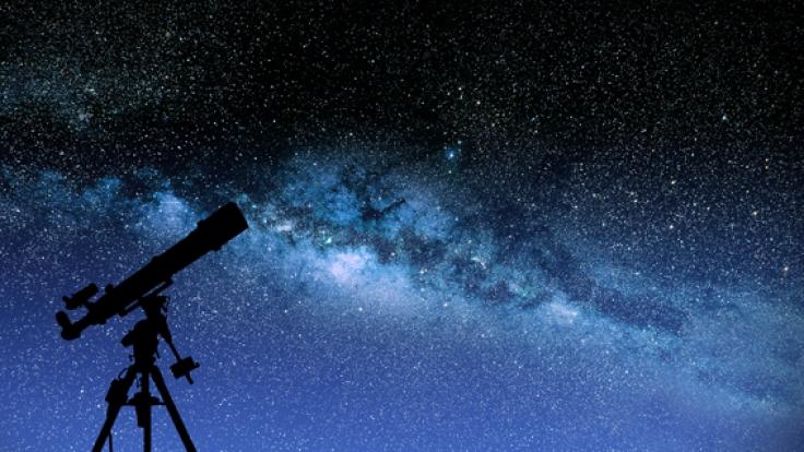 Sternschnuppen im April: Die Lyriden flitzen über den Himmel.