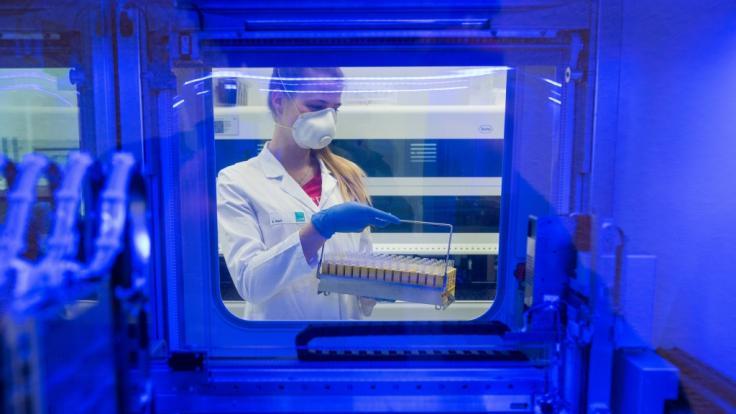 Jazmin Grace Grimaldi an Covid-19 erkrankt - positiver Test auf SARS-CoV-2 (Symbolfoto) (Foto)