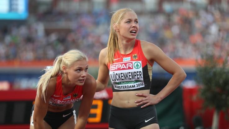 Lisa Mayer und Gina Lückenkemper. (Foto)