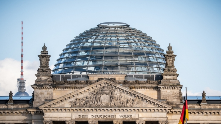 Erstmals gibt es einen bestätigten Fall einer Corona-Infektion im Deutschen Bundestag.