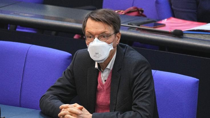 Karl Lauterbach kritisierte den Eurovision Song Contest mit Tausenden Gästen. (Foto)