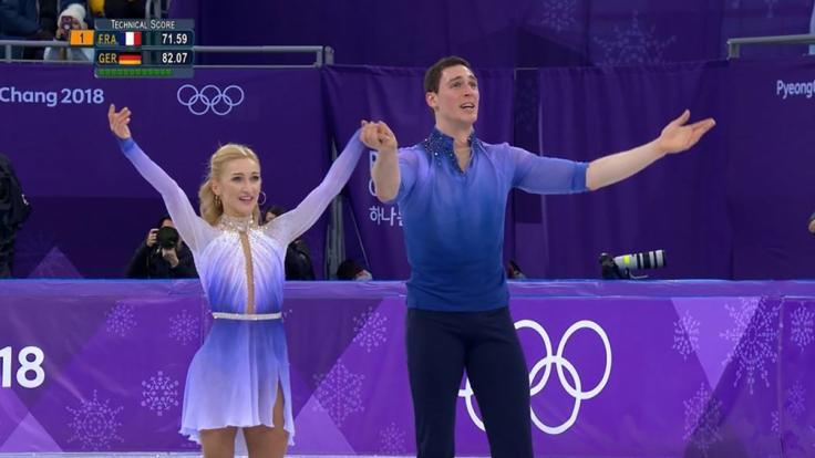 """Der deutsche Olympia-Sieg im Eiskunstlaufen gehört definitiv zu den """"größten Fernsehmomenten der Welt"""". (Foto)"""