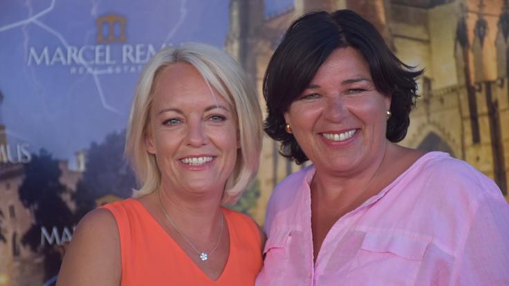 """Vera Int-Veen und Frau Obi zeigen sich zusammen auf der """"Remus Lifestyle Night"""". (Foto)"""