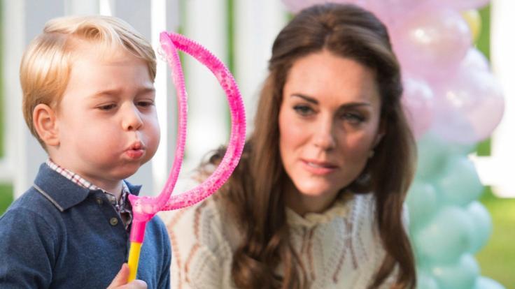 Kate Middleton mit ihrem ältesten Sohn Prinz George.