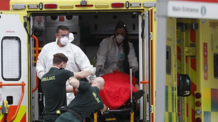 In Großbritannien starb ein 48-Jähriger nach einer vermeintlich überstandenen Coronavirus-Infektion aus heiterem Himmel (Symbolbild). (Foto)