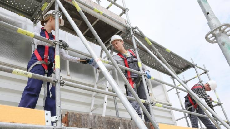 Starkregen riss in Stuttgart ein Baugerüst um - ein Arbeiter kam ums Leben (Foto)