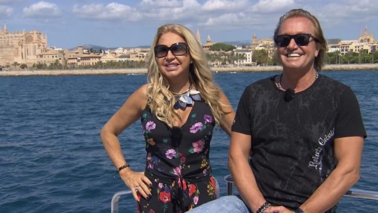Carmen und Robert wollen sich mal wieder Mallorca ansehen.