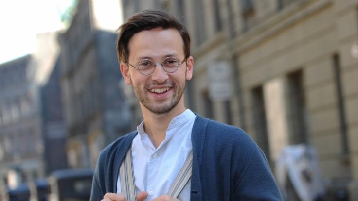 """Franz Dinda 2012 bei den Dreharbeiten zum Film """"Nacht über Berlin - Der Reichstagsbrand"""". (Foto)"""