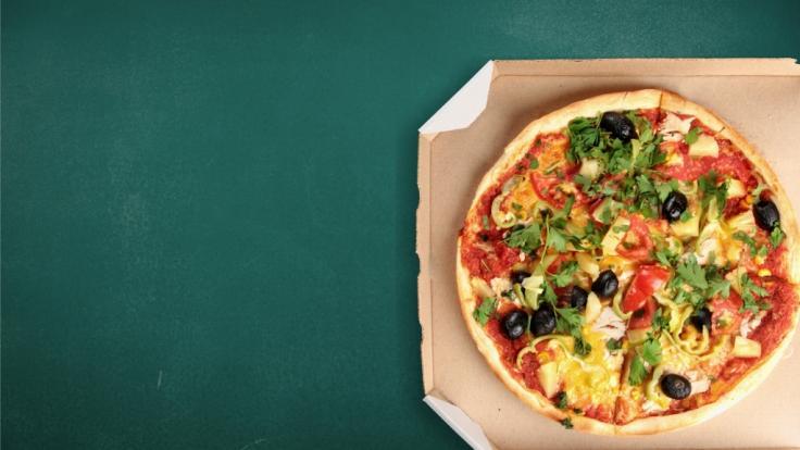 In Pizzakartons und anderen Fast-Food-Verpackungen stecken gefährliche Chemikalien. (Symbolfoto)