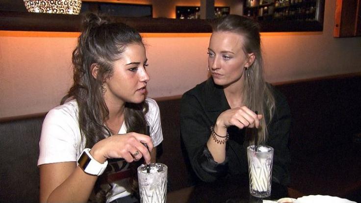 Sarah Lombardi mit Freundin Melina.