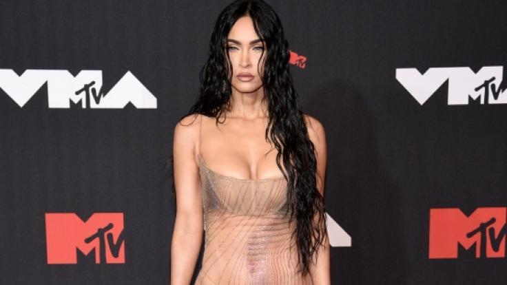 """Megan Fox rockte den Roten Teppich bei den """"MTV Video Music Awards"""" in New York City im atemberaubenden Nacktkleid. (Foto)"""