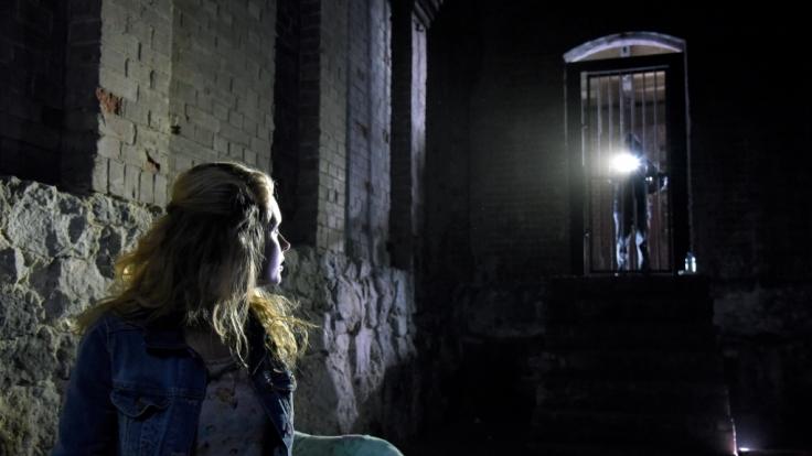 Jadwiga Gryn (Olga Kalicka) ist entführt worden. Wer steckt hinter dieser Tat?
