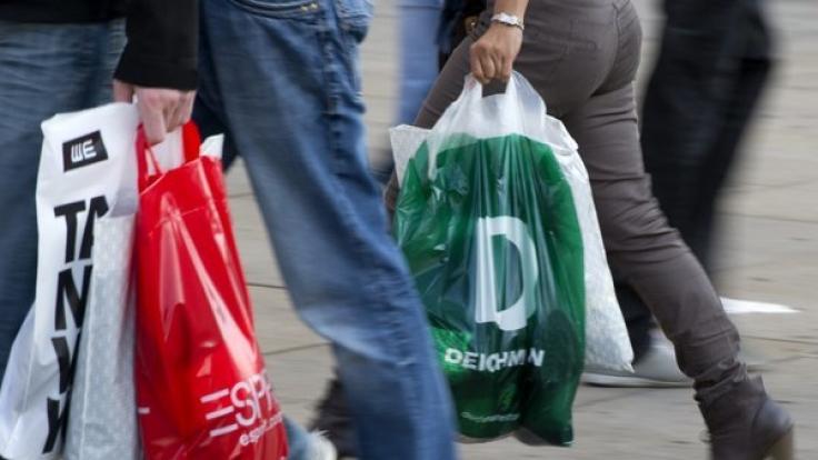 So können Sie am Reformationstag und an Allerheiligen shoppen. (Foto)