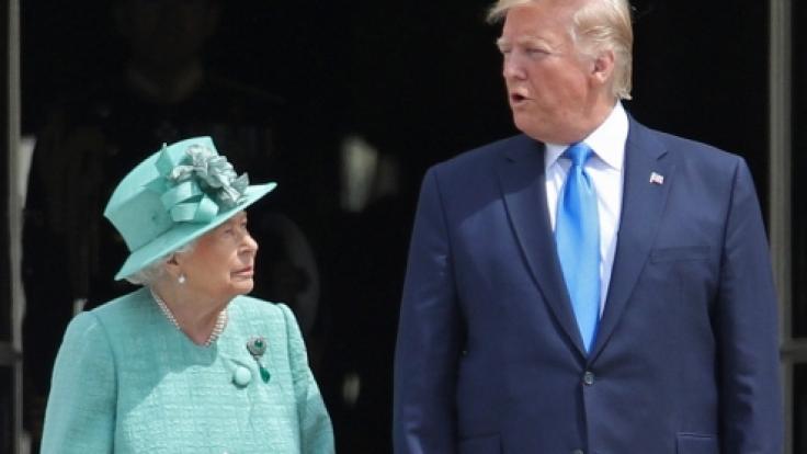 Donald Trump, Präsident der USA, wird von der britischen Königin Elizabeth II. im Buckingham-Palast empfangen.