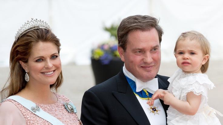Prinzessin Madeleine und Ehemann Chris O'Neill mit Tochter Leonore. (Foto)