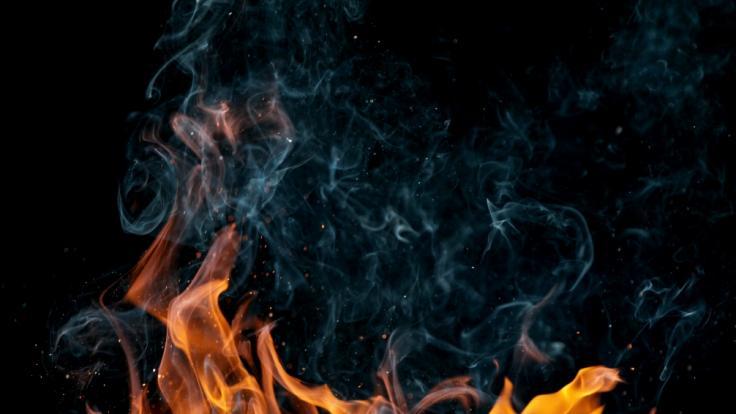 Ein brennender Mann wurde von Internet-Nutzern verspottet. (Foto)