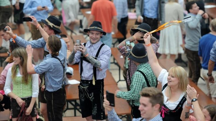 Dank Alkohol und jeder Menge Besucher ist die Polizei während des Oktoberfests in höchster Alarmbereitschaft. (Foto)