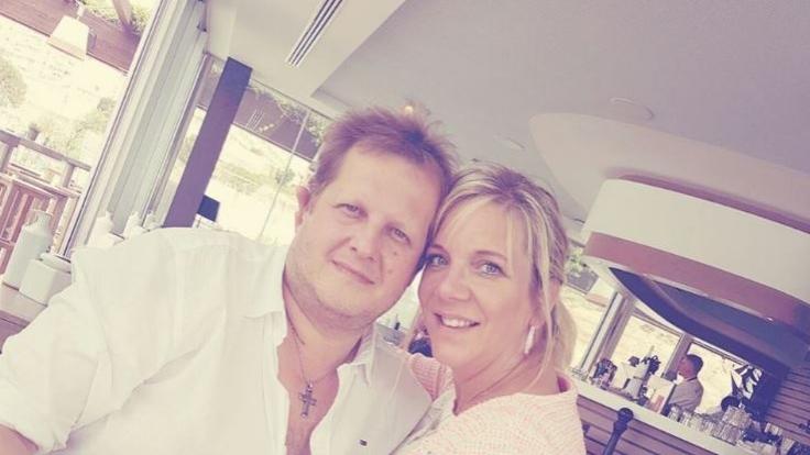 Frisch verliebt und überglücklich: Jens Büchner und Daniela Karabas.