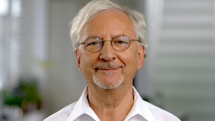"""So tickt der """"Ernährungs-Docs""""-Liebling Dr. Jörn Klasen privat. (Foto)"""