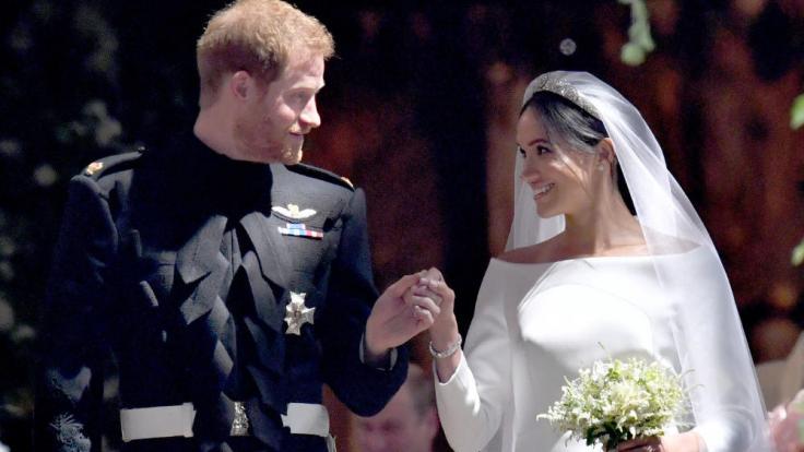 Ist Meghan Markle bereits schwanger? Das locker sitzende Brautkleid könnte ein Indiz sein. (Foto)