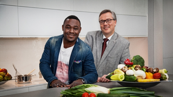 Sternekoch Nelson Müller und Ernährungsmediziner Prof. Daniel König finden für ZDFzeit heraus: Welche Diät ist die beste?