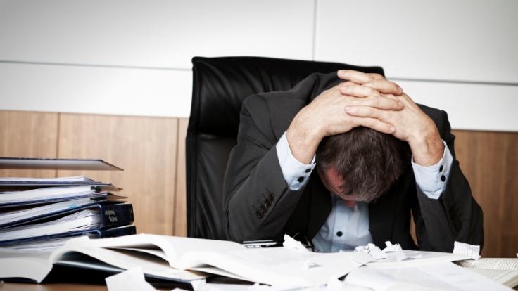 Arbeitnehmer sind sich oft unsicher, wieviel Vergütung ihnen für Überstunden zusteht. (Foto)