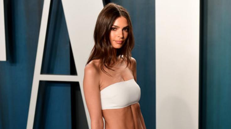 Im XXS-Bikini und in einer ungewöhnlichen Perspektive raubte Emily Ratajkowski ihren Instagram-Fans den Atem. (Foto)