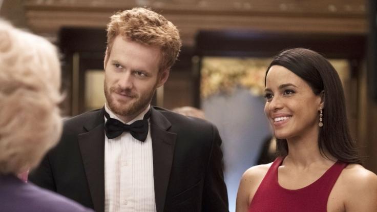 Prinz Harry und Meghan Markle werden von Murray Fraser und Parisa Fitz-Henley gespielt. (Foto)