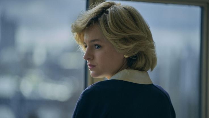 """Emma Corrin in ihrer Rolle als Prinzessin Diana in der Netflix-Serie """"The Crown"""". (Foto)"""
