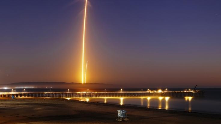 SpaceX brachte den Himmel über Kalifornien zum Funkeln. (Foto)
