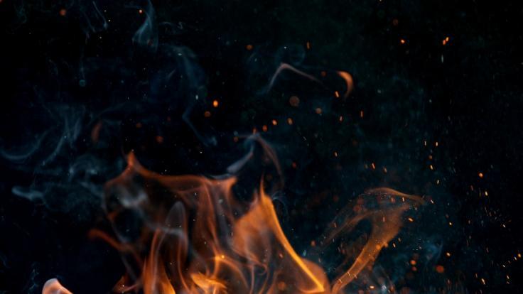 Die Frau wurde bei lebendigem Leib verbrannt. (Foto)