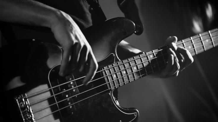 Bass-Legende Larry Junstrom ist gestorben.