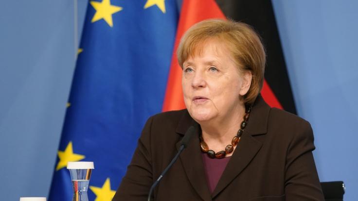 Angela Merkel berät sich mit den Ministerpräsidenten nach dem AstraZeneca-Stopp über das weitere Vorgehen. (Foto)
