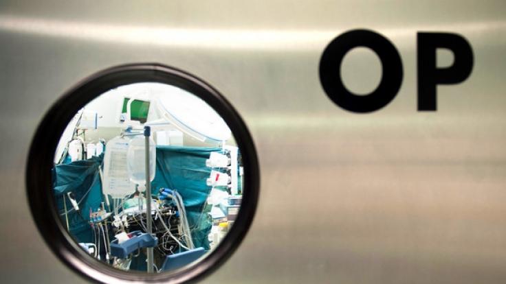 Bei einer OP wurde einem Chinesen ein 13 Kilo schwerer Darm entfernt. (Foto)