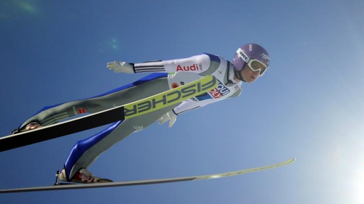Andreas Wellinger ist beim Auftaktspringen dabei. (Foto)