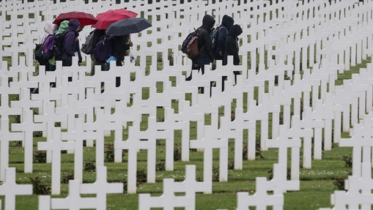 Das Gräberfeld bei Verdun. Hier starben im 1. Weltkrieg mehr als 300.000 französische und deutsche Soldaten.