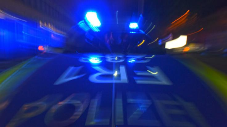 Bei einem Unfall mit einem Kleintransporter ist in Hamminkeln (Nordrhein-Westfalen) ein einjähriges Kind ums Leben gekommen (Symbolbild). (Foto)