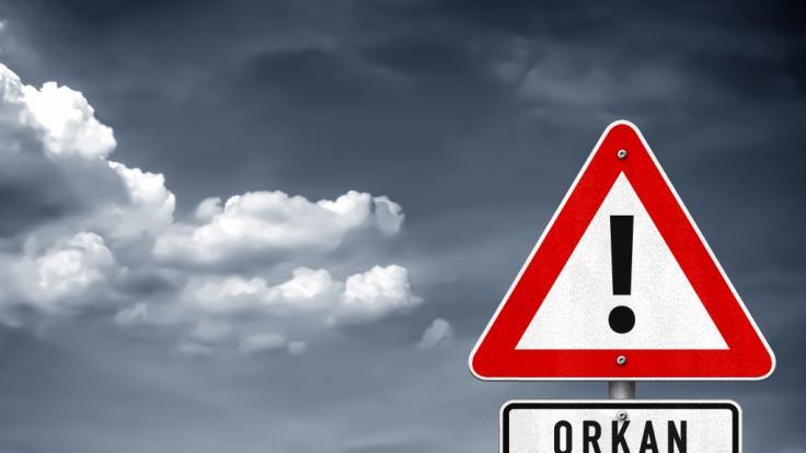 Der DWD warnt vor orkanartigen Böen. (Foto)