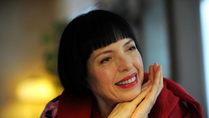 Das treibt Sängerin und Schauspielerin Helen Schneider heute. (Foto)